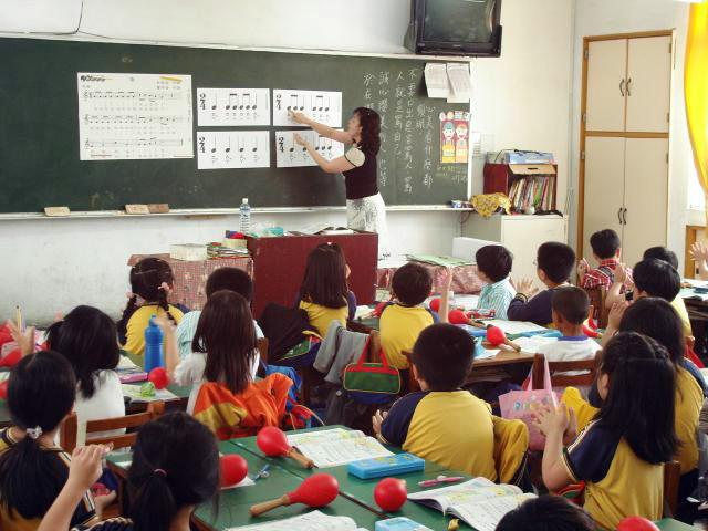 6班以內小校教師員額 每班增至2人
