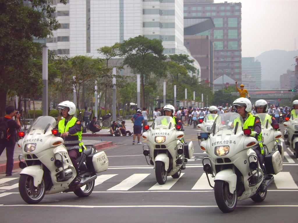 公告警察特考、一般警察特考應試考科修正