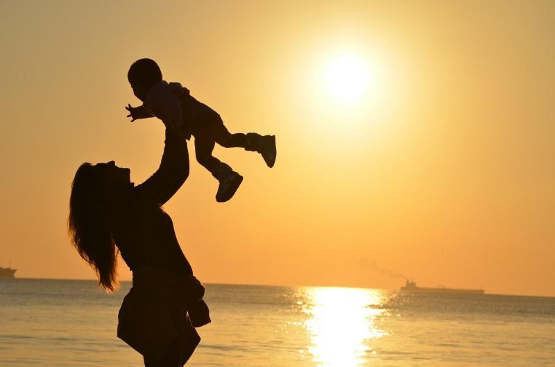 懷孕竟「被失業」!媽媽擊敗性別歧視 上榜國營事業