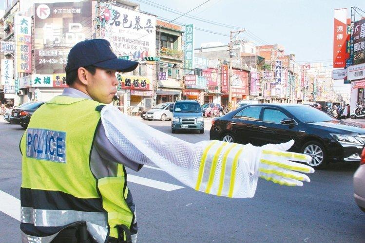 為警察謀福利 高雄爭取勤務加給調至1.6萬元