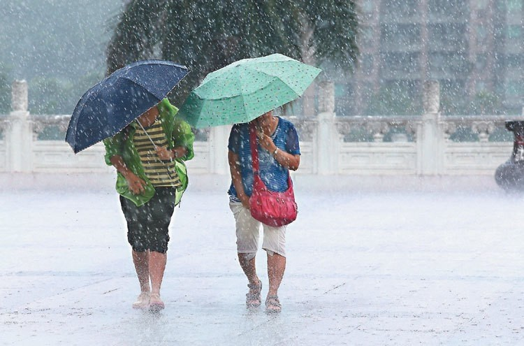 國考颱風延期 史上第五次