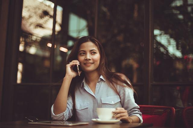 房仲求職履歷倍增!旅遊、餐飲業轉行搶賺百萬高薪